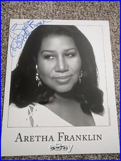 Aretha Franklin Signed Autographed 8x10 Soul Psa/JSA rare full name promo photo