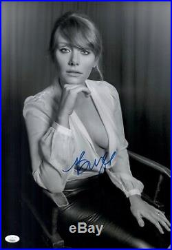 BRYCE DALLAS HOWARD Signed JURASSIC PARK 12x18 Photo IN PERSON Autograph JSA COA