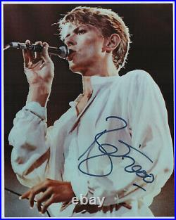 David Bowie in person hand signed autographed 8x10 photo dated 2000 AUTHENTIC
