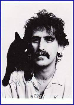 Frank Zappa / Signed Photo / Rock / In-person 100 % Rare Original Autograph