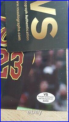 LeBron James autographe + COA (signed in person)