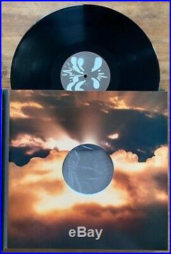 OASIS DIG OUT YOUR SOUL HAND SIGNED AUTOGRAPHED 4x VINYL 2x CD DVD BOOK BOX SET
