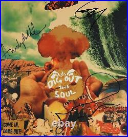 Oasis JSA Signed Noel Gallagher Autograph Album Vinyl Record Dig Out Your Soul