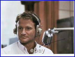 Robin Williams (Actor) Signed 8 x 10 Photo Genuine In Person + COA