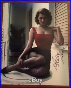Sophia Loren Signed 8x10 In Person Sex Icon Oscar Winner